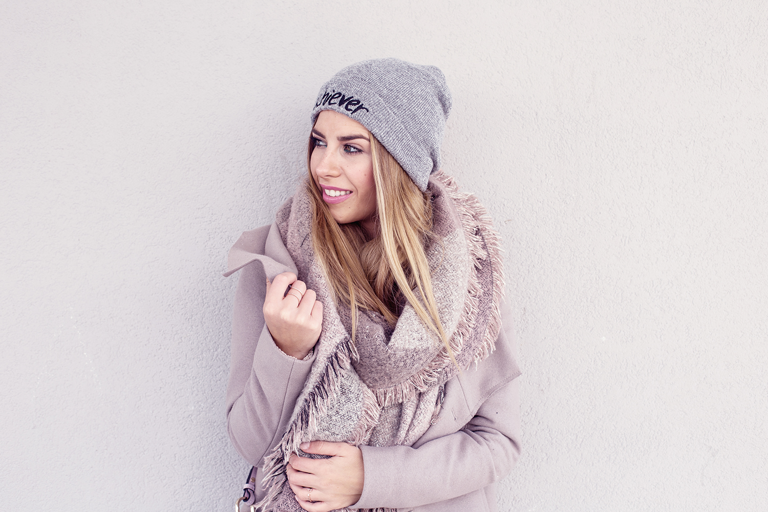 All_Saints_Coat_Forever21_Scarf_Rad_Co_Winterlook_Outfit_Luisa_Lion