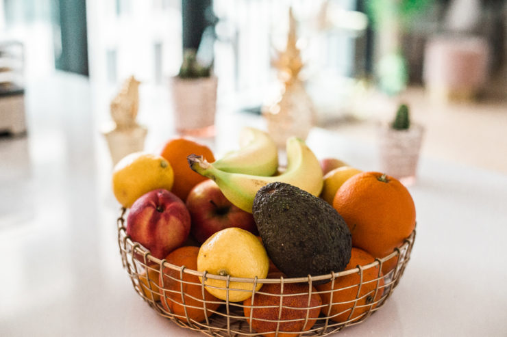 Obstschale gesunde Snacks