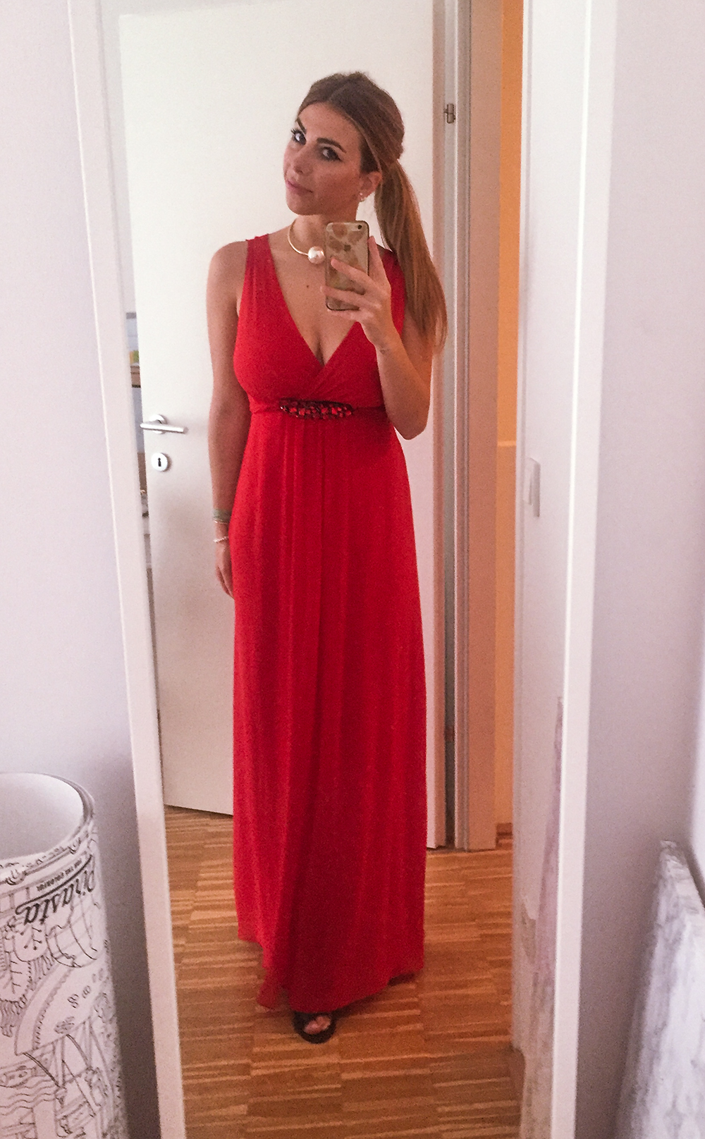 Red_dress_Luisa_Lion_Evening_Gown_Abiball_Abendkleider_C&A_Style_Roulette