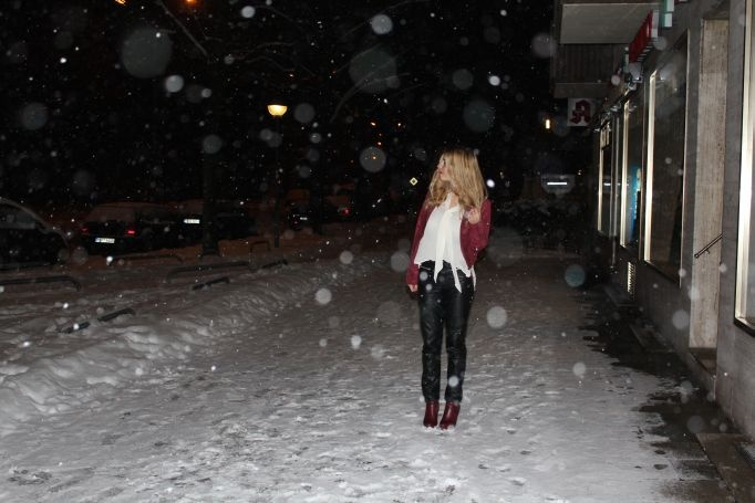 Outfit: Dancing in the snow