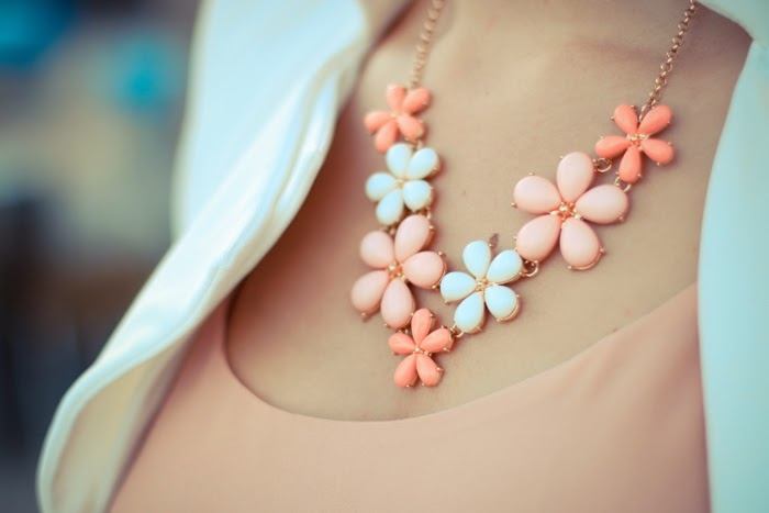 flower necklace chicwish