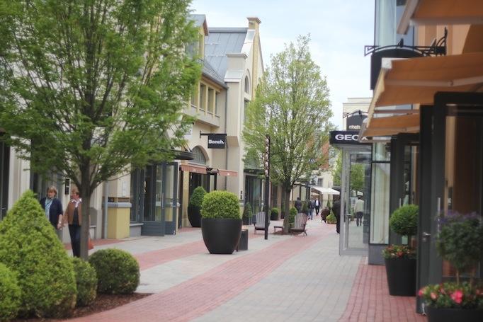 Ingolstadt Village Outlet Center Designersachen stark