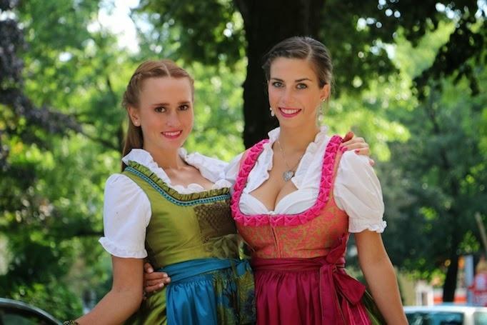 schustermann & borenstein dirndl für die wiesn 2013, Einladung